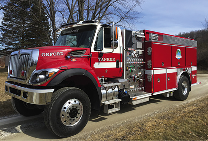 Orford, New Hampshire, runs a 1,250-gpm, 1,500-gallon two-door E-ONE Navistar 4×4 as Tanker 2. It has a Hale pump. Orford averages about six feet of snow per year.