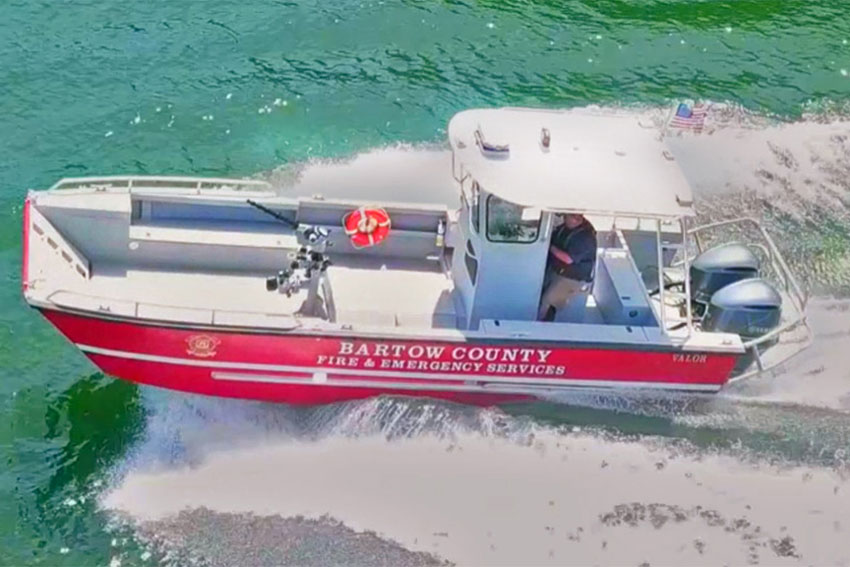 Lake Assault Boats has delivered this custom 26-foot fire and rescue craft to the Bartow County (GA) Fire Department. The vessel is serving on Lake Allatoona, the state's busiest lake, located 30 miles north of Atlanta.