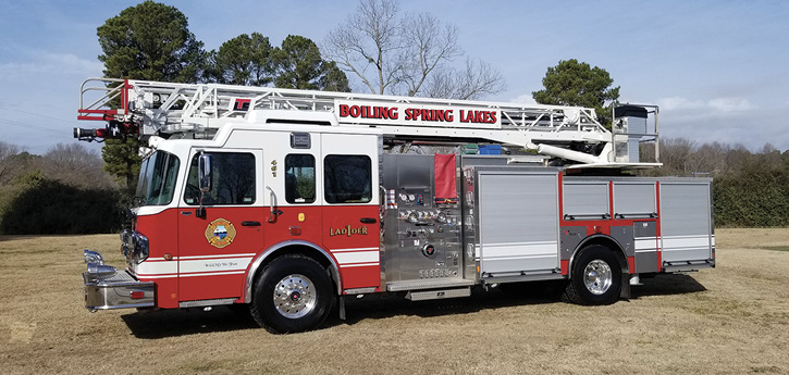Toyne built this 75-foot quint on a single-rear-axle Spartan chassis with an LTC aerial for the Boiling Springs Lake (NC) Fire Department with a 209-inch wheelbase. Toyne National Sales Manager Mike Watts says it carries a 35-foot 3-section extension, a 24-foot 2-section extension, and 6-foot roof and 10-foot folding ladders.