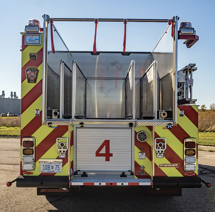 The Pittsburgh (PA) Fire Department had Spencer Manufacturing build this low-hosebed pumper with a five-divider hosebed and two rear discharges.