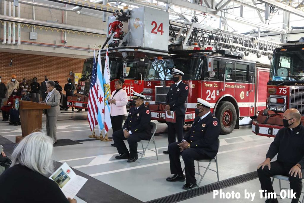 Chicago mayor and dignities at ribbon cutting for Chicago Fire Department Engine Company 115