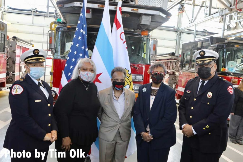 Chicago mayor and dignitaries at ribbon cutting for Chicago Fire Department Engine Company 115